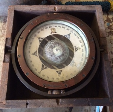 Salvaged US Navy Compass 1943 By ESRitchie Sons Inc In Box Appx 8 1 4 Face Diameter 11